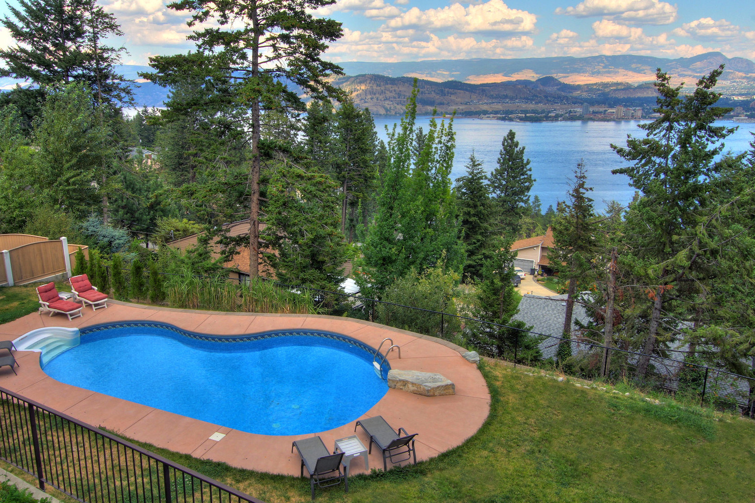 West Kelowna Estate-pool