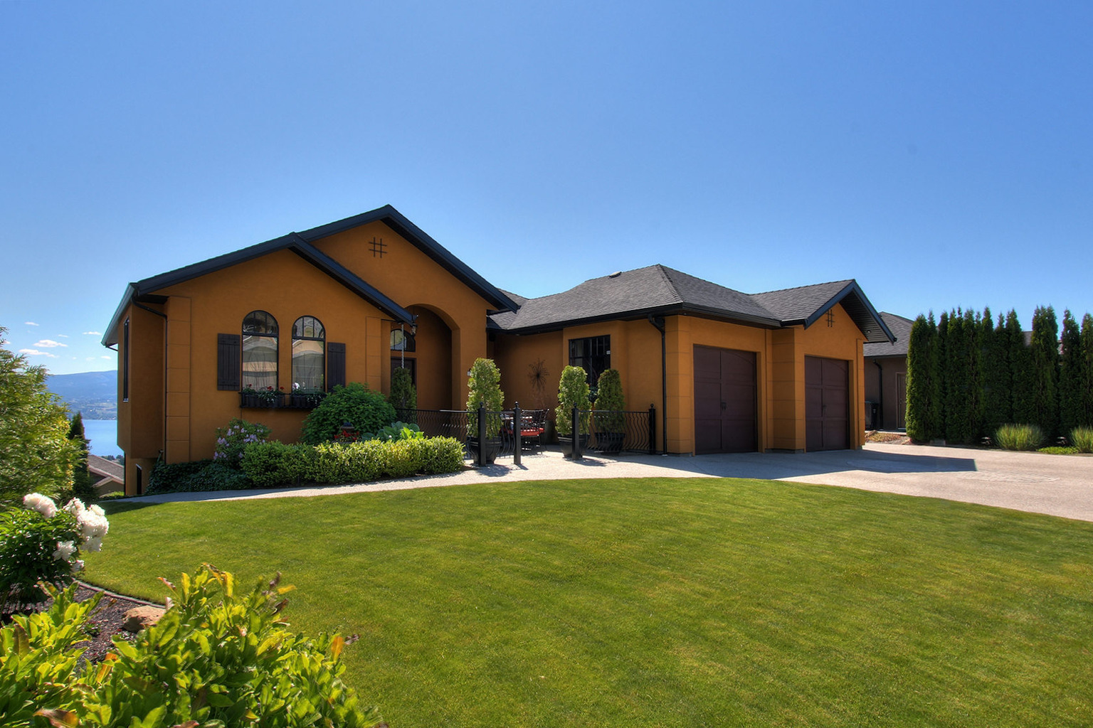 West Kelowna Estates - front