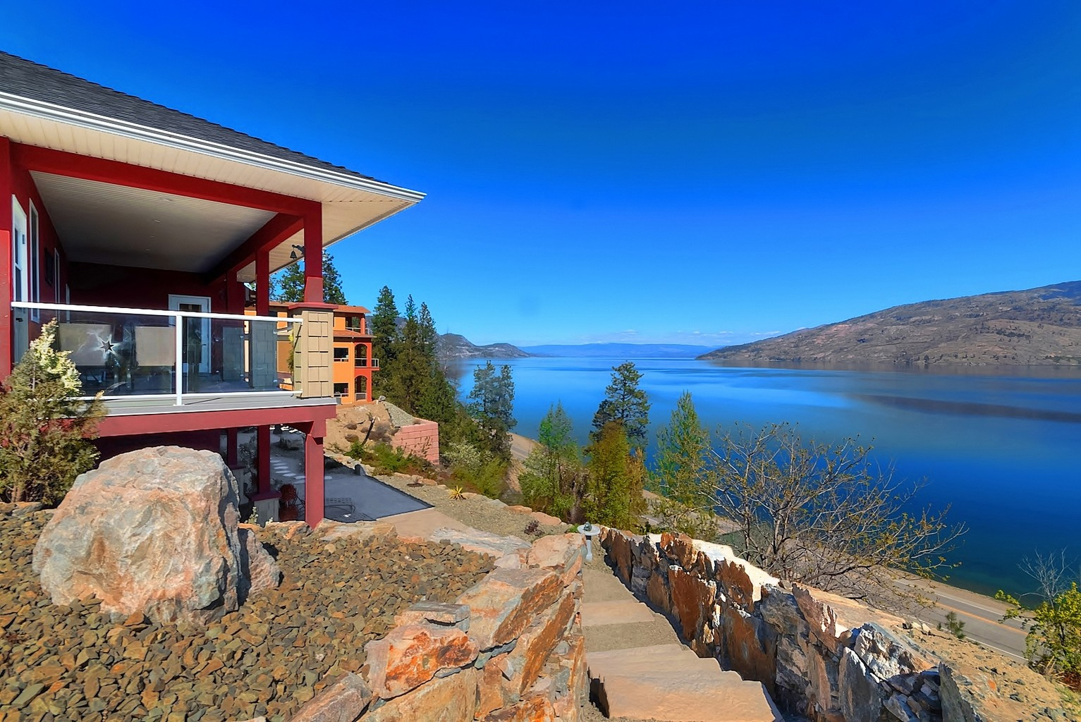 6447 Renfrew Peachland Lakeview Property