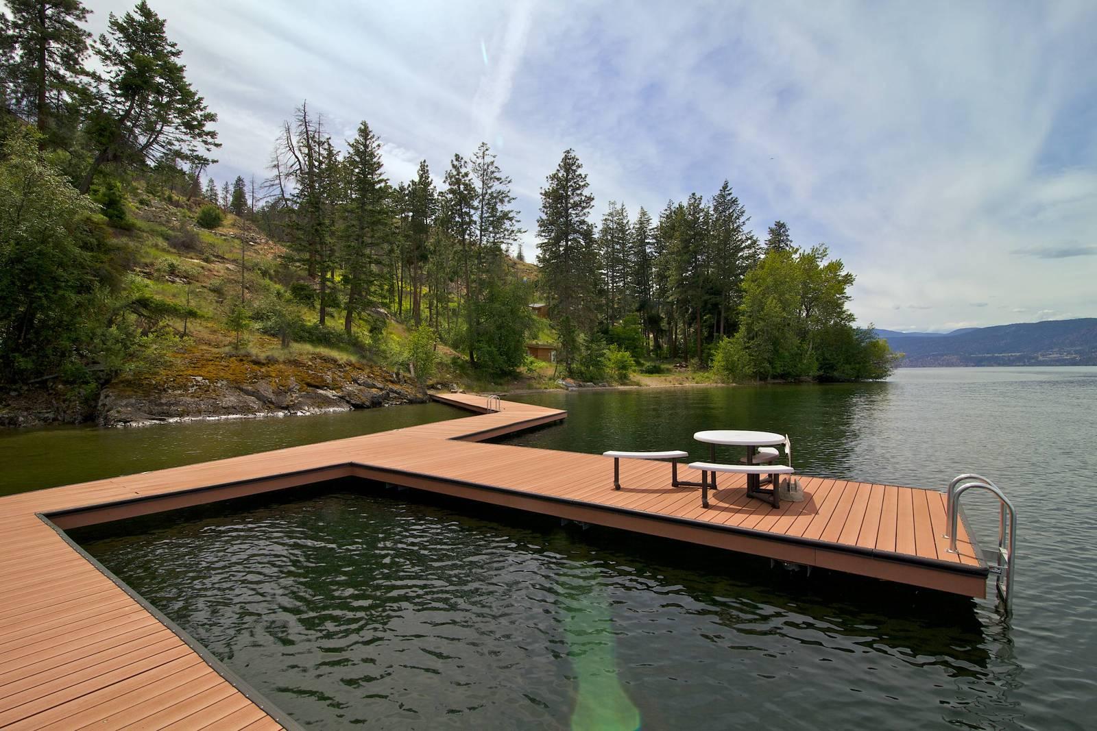 Kelowna Lakeshore Acreage for sale