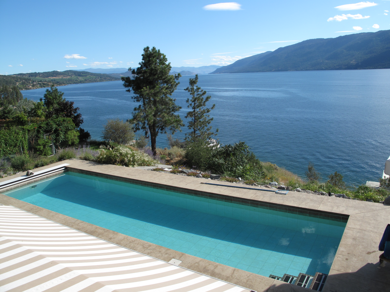 14988 carrs landing landing waterfront on okanagan lake for Pool design kelowna