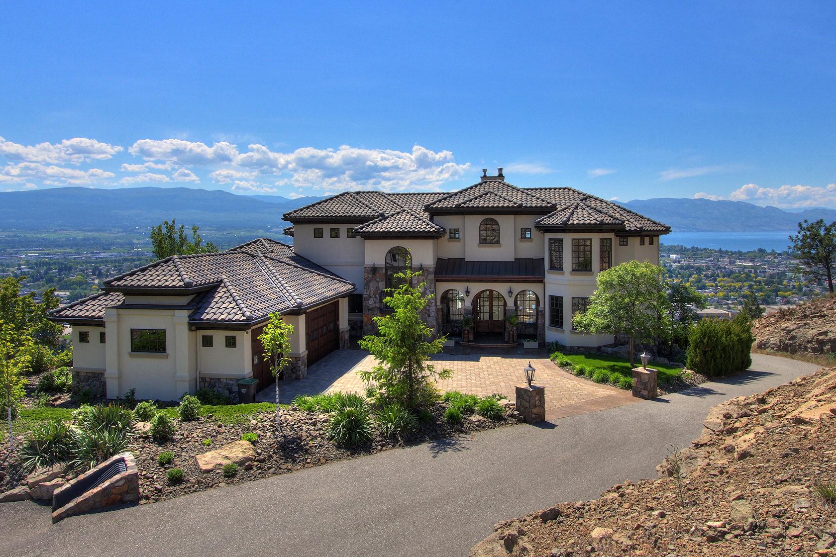 luxury homes for sale kelowna kelowna leads luxury home