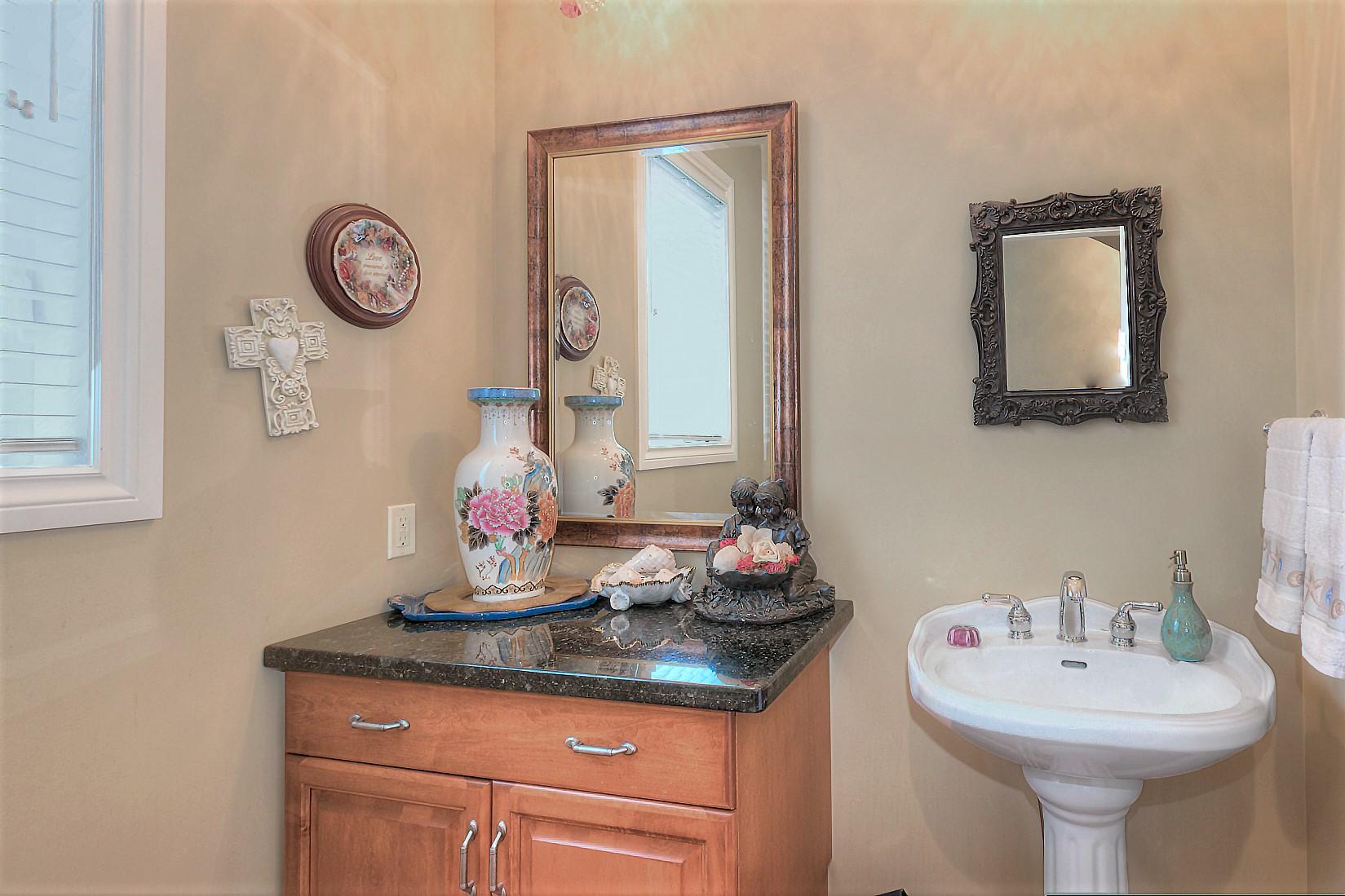 Bathroom Cabinets Kelowna 540 casa grande drive, west kelowna, bc, v1z 3m4 - jane hoffman group