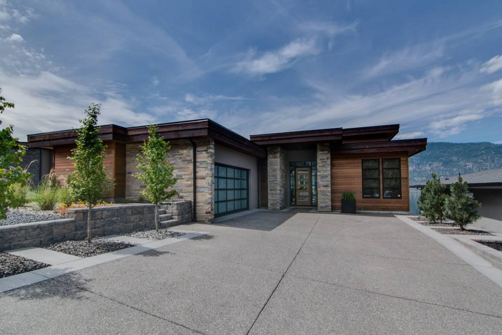 Lakestone Luxury Homes