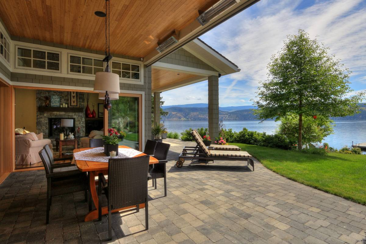 Indoor Outdoor Living Kelowna 2