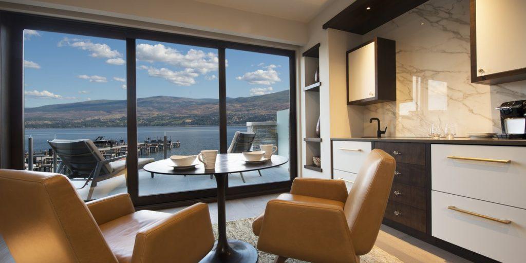 Paradise Estates Master Suite Sitting area